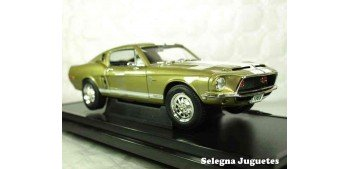 Shelby GT-500K 1968 1/18 Lucky Die Cast car miniature