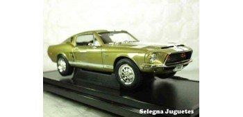 Shelby GT-500K 1968 1/18 Lucky Die Cast car miniature