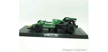 miniature car Tyrrel 012 1983 (vitrina defecto) F1 scale 1/43