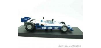 coche miniatura Tyrrel 008 1978 (vitrina defecto) F1 1/43 Rba