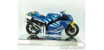 Yamaha Yzr 500 Oliver Jacque scale 1/18 Saico motorcycle