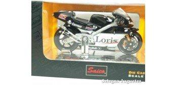 Honda Pons NRS 500 Loris Capirossi escala 1/18 Saico moto miniatura