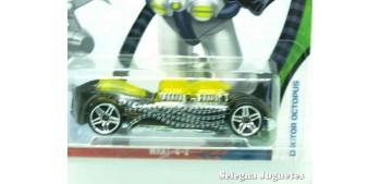 coche miniatura What-4-2 Doctor Octopus escala 1/64 Hotwheels