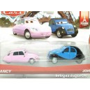 """<p><strong>Nacy y John</strong></p> <p><strong>Mattel</strong></p> <p><strong>Tamaño aproximado +/- 8 cms</strong></p> <p><strong>Mas<a href=""""https://www.selegnajuguetes.es/es/buscar?controller=search&orderby=position&orderway=desc&search_query=pelicula+cars&submit_search="""" class=""""btn btn-default"""">coches Cars Diney Pixar</a></strong></p>"""