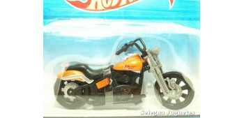 Rollin Thunder motorcycle scale 1/18 Hot Wheels