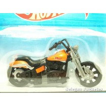 <p><strong>Rollin Thunder</strong></p> <p><strong>Hot Wheels</strong></p> <p><strong>1:18 - 1/18</strong></p> <p></p>