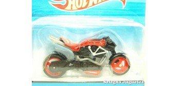 moto miniatura X-Blade rojo moto escala 1/18 Hot Wheels
