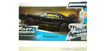 coche miniatura Dom's Dodge Charger R/T Fast & Furious escala