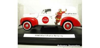 coche miniatura Ford Sedan Delivery 1940 Coca Cola escala 1/24