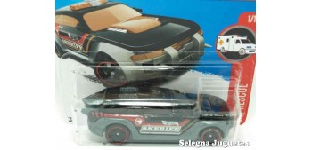 Hw Pursuit escala 1/64 Hot wheels coche miniatura escala