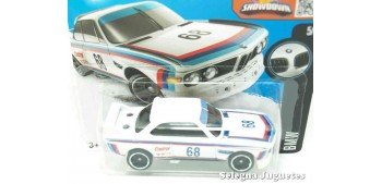 Bmw 3.0 Csl Race Car 73 scale 1/64 Hot wheels miniature car