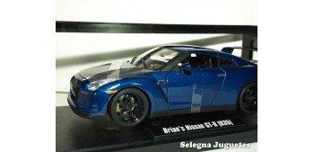 Brian 's Nissan Skyline GT-R (R35) azul Fast & Furious escala
