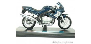 Triumph Sprint RS (sin caja) scale 1/18 Maisto motorcycle miniature