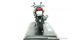 Triumph Sprint RS (sin caja) escala 1/18 Maisto moto miniatura