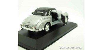 Mercedes Benz 300S (vitrina) escala 1/34 a 1/39 Welly Coche