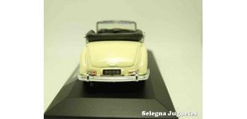 Mercedes Benz 300S cabrio (vitrina) escala 1/34 a 1/39 Welly Coche metal miniatura