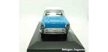 coche miniatura Chevrolet Bel Air 1957 (vitrina) escala 1/34 a