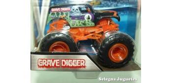 coche miniatura Monster Jam Grave Digger escala 1/64 Hot wheels