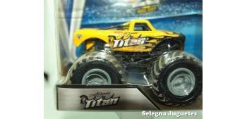 miniature car Monster Jam Titan 1:64 scale Hot wheels