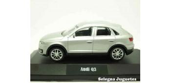 Audi Q3 silver (Showcase) 1:43 Rastar