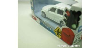 Mercedes benz clase GLK blanco escala 1/43 Mondo Motors