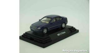 Mercedes Benz Clase C escala 1/72 Guiloy