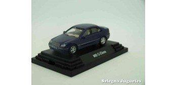 Mercedes Benz Clase C escala 1/72 Guiloy