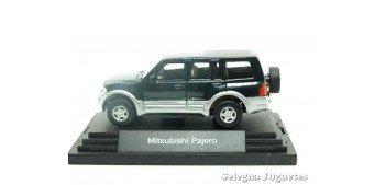 Mitsubishi Pajero escala 1/72 Guiloy