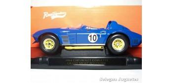 Chevrolet Corvette 1964 Grand Sport Roadster 1/18 Lucky Die Cast