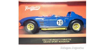 maqueta Chevrolet Corvette 1964 Grand Sport Roadster 1/18 Lucky