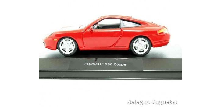 coche miniatura Porsche 996 Coupe (vitrtina) 1/43 High Speed