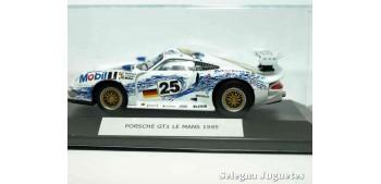 coche miniatura Porsche GT1 Le Mans 1995 (vitrtina) 1/43 High