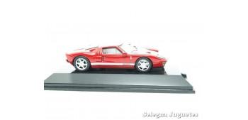 Ford GT rojo escala 1/64 Auto Art coche miniatura metal
