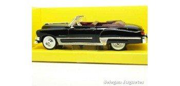 Cadillac Coupe de Ville 1949 1/43 Negro Lucky Die Cast coche a