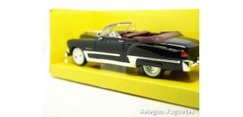 maqueta Cadillac Coupe de Ville 1949 1/43 Negro Lucky Die Cast