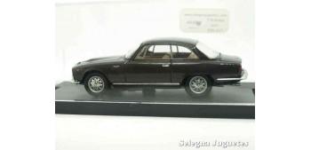 coche miniatura Alfa Romeo 2600 Sprint Street 1962 1/43 Bang