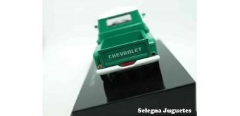 coche miniatura Chevrolet Marta Rocha 1956 escala 1/43 Ixo