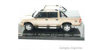 Chevrolet S-10 Deluxe 2.5 Cabine Dupla 2009 escala 1/43 Ixo