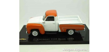 lead figure Chevrolet 3100 Brasil 1959 scale 1:43 Ixo