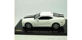 coche miniatura Chevrolet Camaro SS 2011 escala 1/43 Ixo