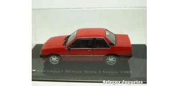 miniature car Chevrolet Monza Serie 1 Sedan 1985 scale 1:43 Ixo