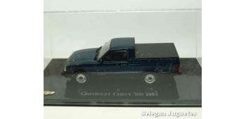 Chevrolet Chevy 500 1983 escala 1/43 Ixo