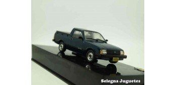 coche miniatura Chevrolet Chevy 500 1983 escala 1/43 Ixo