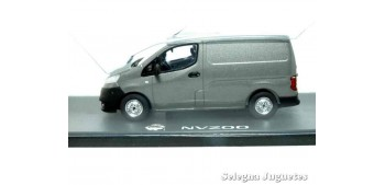 Nissan NV400 van scale 1:43 Eligor