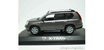 Nissan X-Trail scale 1:43 Ixo