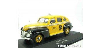 Ford Fordor Sedan Taxi New York 1947