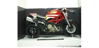 moto miniatura Ducati Monster 796 nº 46 1/12 New ray