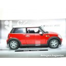 <p><strong>Mini cooper</strong></p> <p><strong>Xtrem</strong></p> <p><strong>1:24 - 1/24</strong></p>
