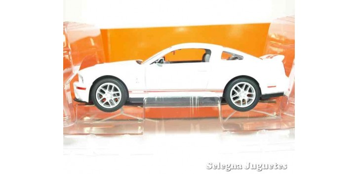 Shelby GT500 2007 1/24 Yat ming