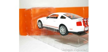 maquetas de coches Shelby GT500 2007 1/24 Yat ming